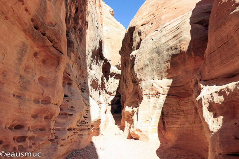 White Domes Area, Slot Canyon